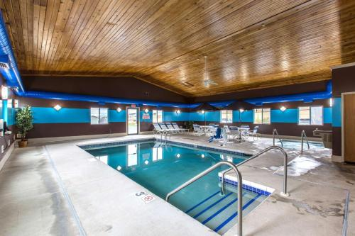 Perfect Motel Lake Delton With Hotels Near Baraboo Wi