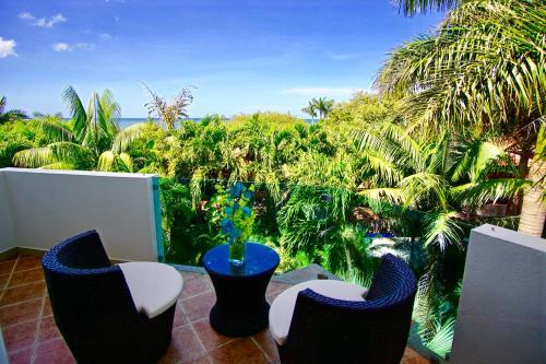 Casa Puesta del Sol - Playa Langosta, Tamarindo