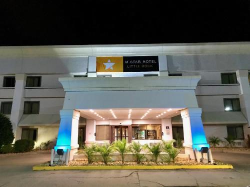 M Star Hotel