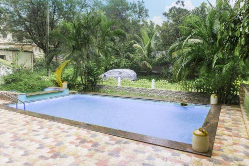 Homestay with a pool in Verla, Goa, by GuestHouser 41667, Verla