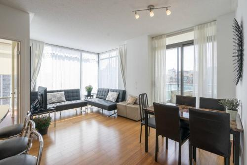 Yorkville Fantasy @ Yonge & Bloor (2BR, 2BT + Parking) Photo 1