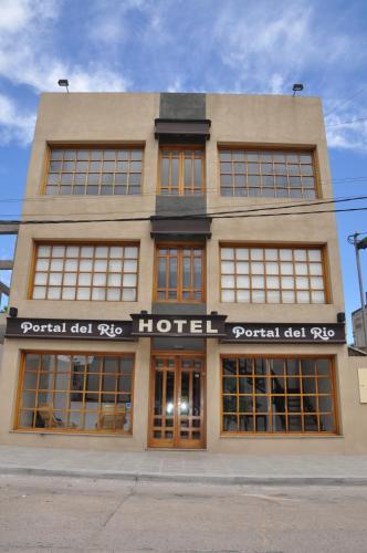 Hotel Portal del Río