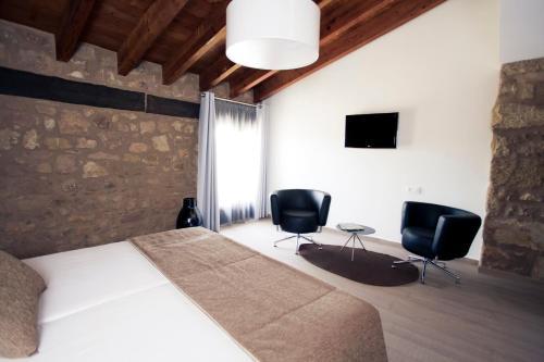 Double Hotel Restaurante Masía la Torre 15
