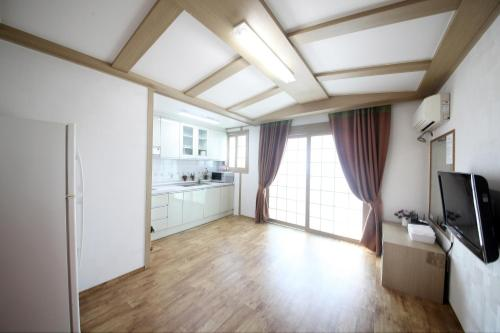 Hus 2 soverom (Two-Bedroom House)