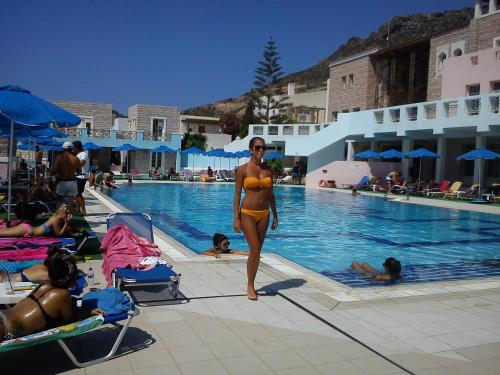 Revival Knossos