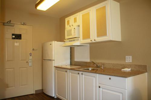 Extended Stay America - San Rafael - Francisco Blvd. East