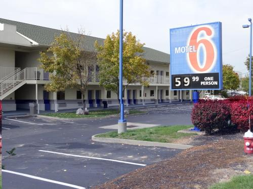 Motel 6 Pittsburgh Cranberry