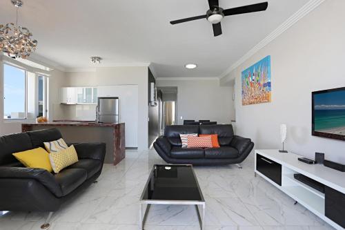 SurfAir Marcoola Penthouse
