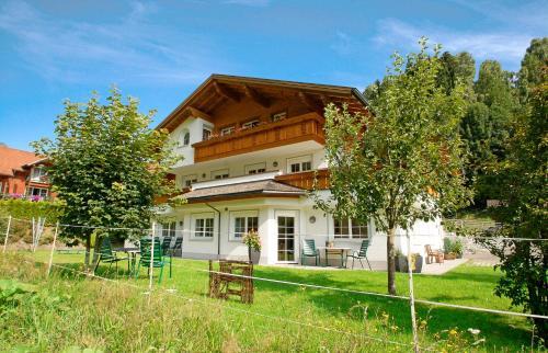 Ferienwohnungen Carbonare - Großes Apartment mit 2 Schlafzimmern und Terrasse