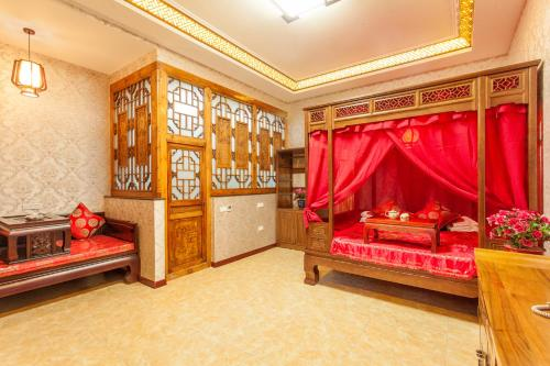 Classic Chinese Kang Bed Room