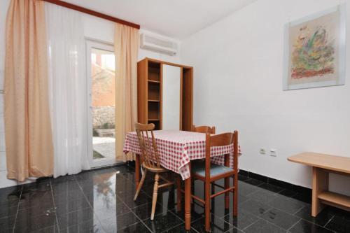Apartment Razanac 5766b