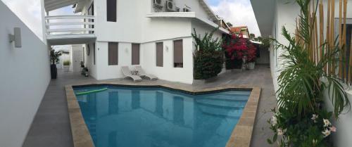 Palm Beach 408, Palm Beach