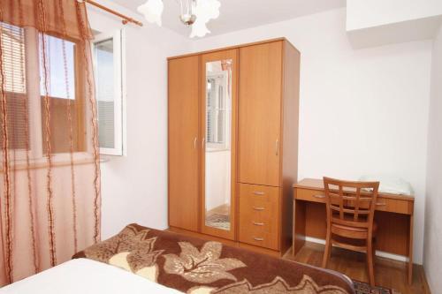 Apartment Supetar 6037a