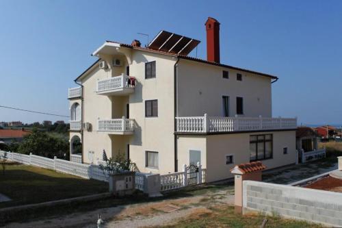 Apartment Novigrad 7037a