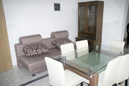 Apartment Nevidjane 684e