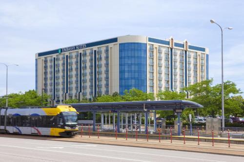 Embassy Suites Hotel Minneapolis-Airport