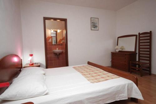 Apartment Baska Voda 6848a