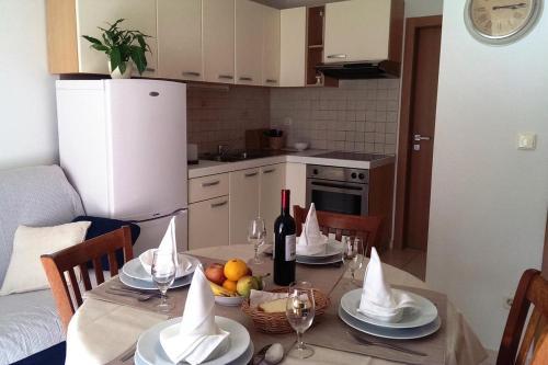 Apartment Verunic 8103d