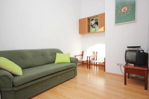 Apartment Ilovik 8069b