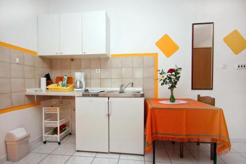 Studio Nemira 4652a