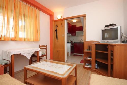 Apartment Brela 6884a