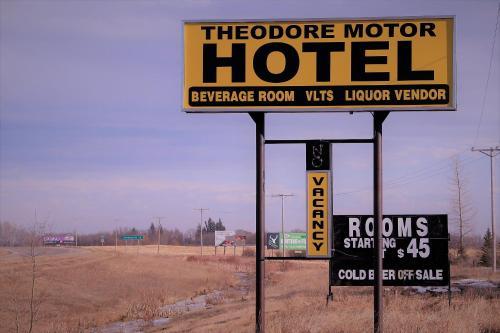 Theodore Motor Hotel
