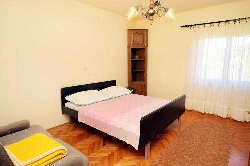 Apartment Sucuraj 4029e