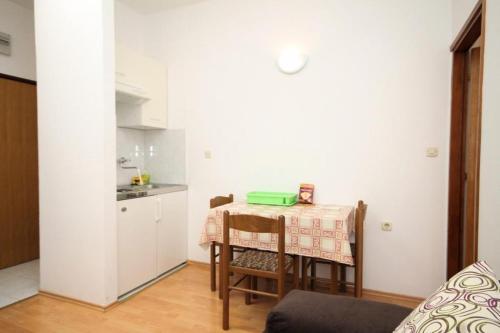 Apartment Kukljica 8318c