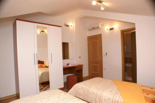 Apartment Supetar 4274b