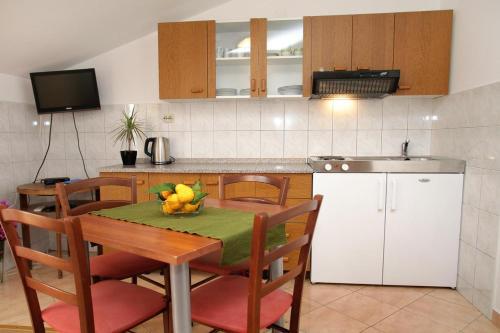 Apartment Okrug Gornji 458c