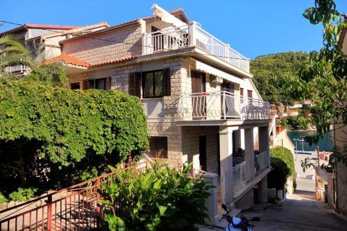 Apartment Brna 4460a