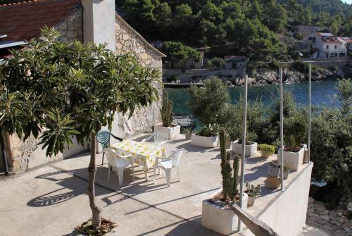 Apartment Uvala Torac 4875a
