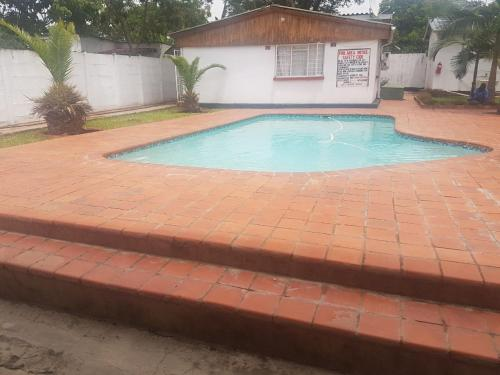 Zemics Lodge Ndola Road, Nkana-Kitwe