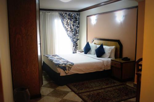 Presidential Two-Bedroom Suite - Egyptians and Residents Only
