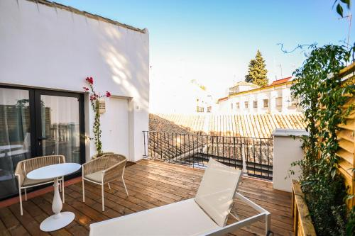 Superior Double or Twin Room with Terrace Hotel Legado Alcazar 1