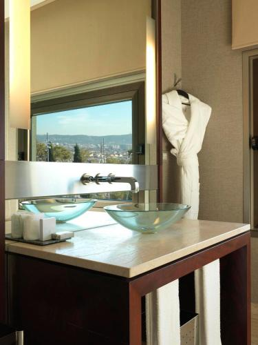 Deluxe Double or Twin Room Hotel Miramar Barcelona GL 4
