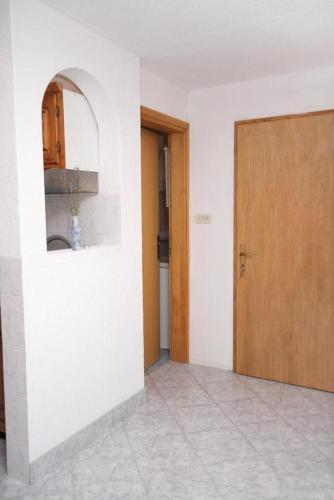 Apartment Jezera 5133a