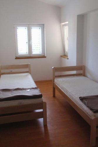 Apartment Sabunike 5832b