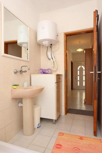 Apartment Zuljana 252b
