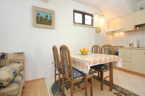 Apartment Orebic 4552b