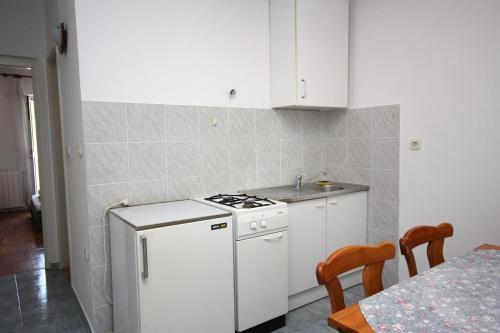 Apartment Stomorska 781a