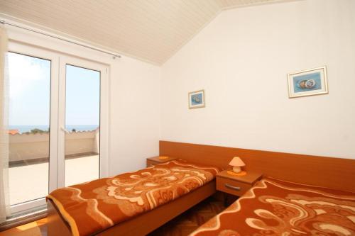Apartment Novalja 6317f