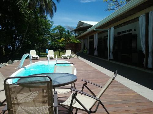 More about Cahuita Inn
