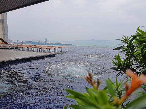 1BR Centric Sea By Pattaya Holiday, Pattaya North