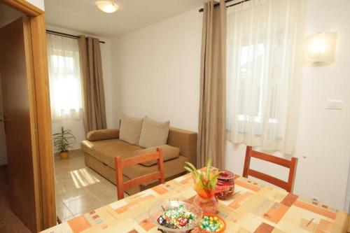 Apartment Stokovci 9039a