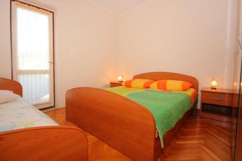 Apartment Stara Novalja 9352a