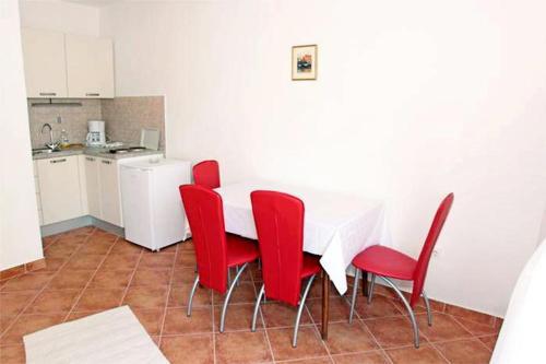 Apartment Vrboska 552b