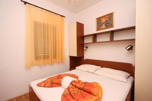 Apartment Arbanija 4646e
