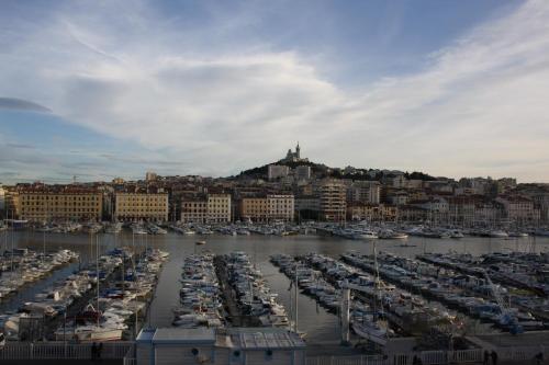 H tel belle vue h tel 34 quai du port 13002 marseille adresse horaire - Adresse du port de marseille ...
