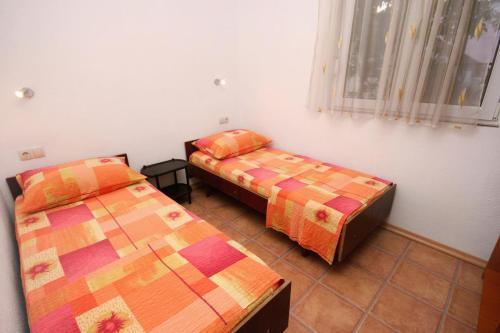 Apartment Podaca 6050a